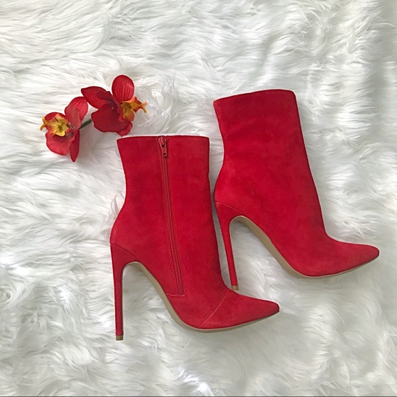 0d7b9616ccd 🔥Steve Madden Wagner Red Suede Bootie🔥 NWT